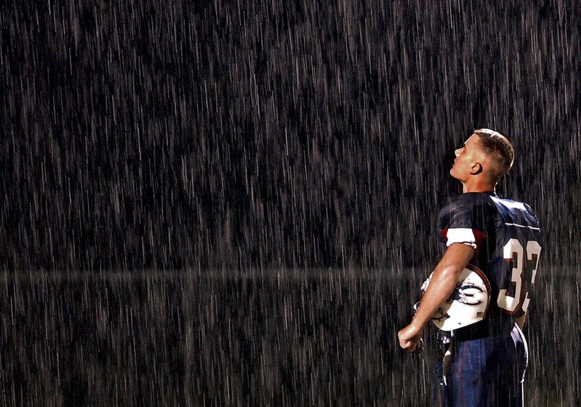 01-high-school-football-rain-837x587